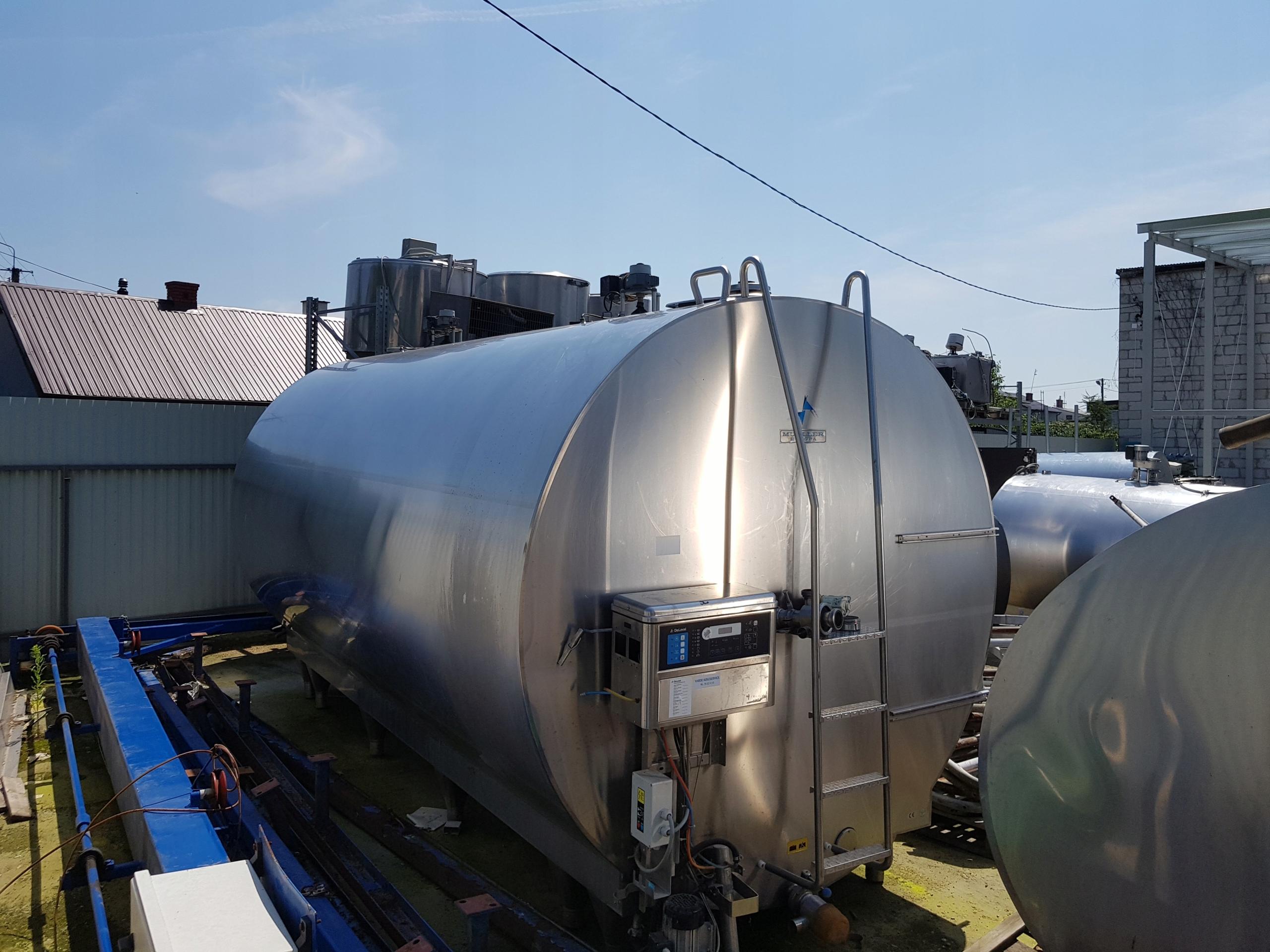 охладитель молока MUELLER 15000 л.