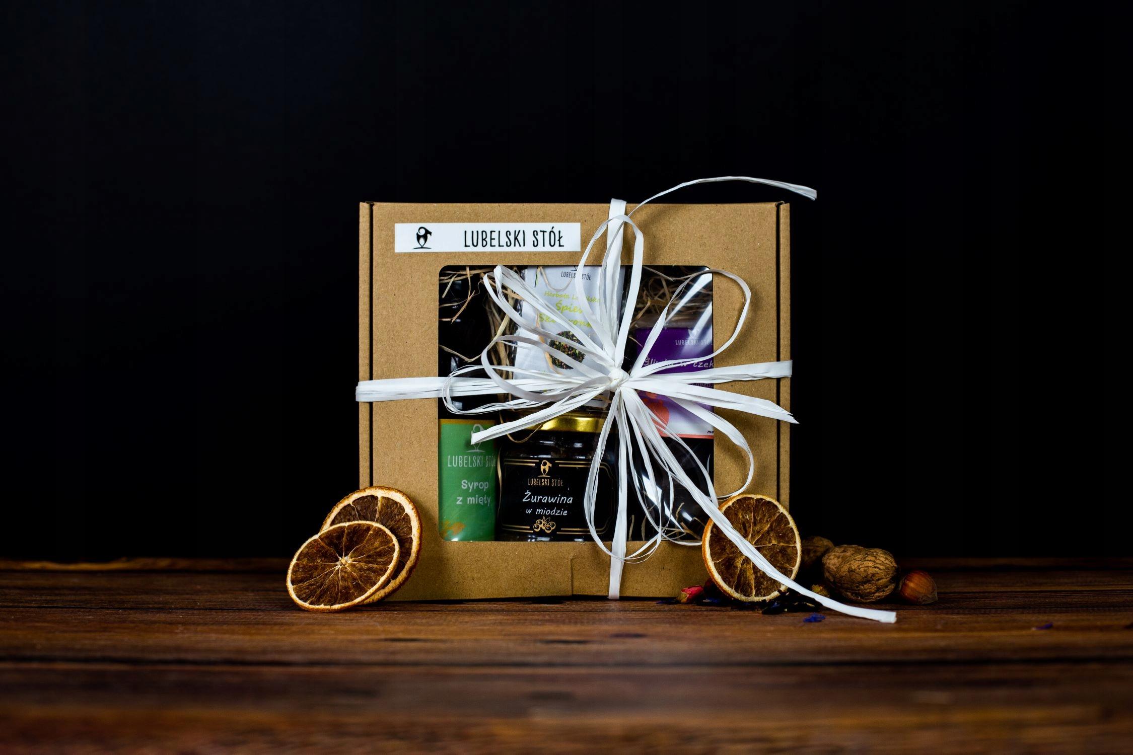Подарочный набор с мятой и сиропом из медово-сливового чая