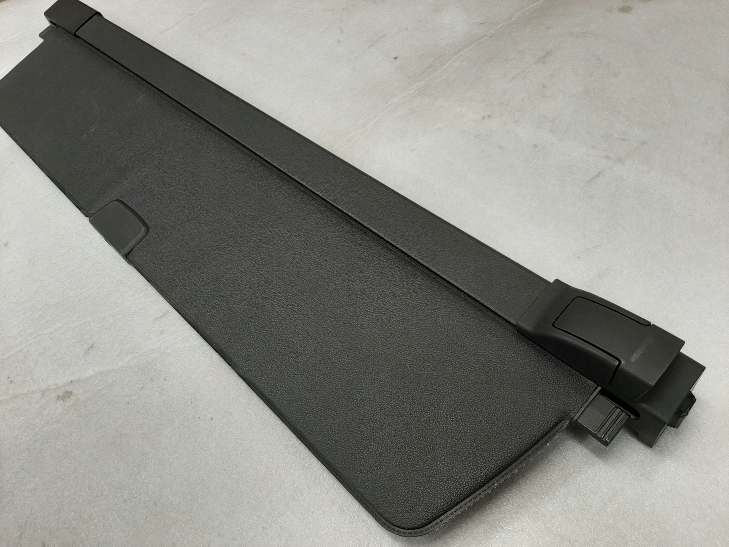рольставни багажник opel insignia a 13178414