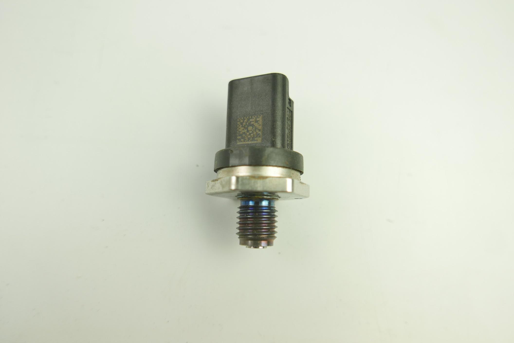 датчик давления топлива citroen c5 jumper i xsara
