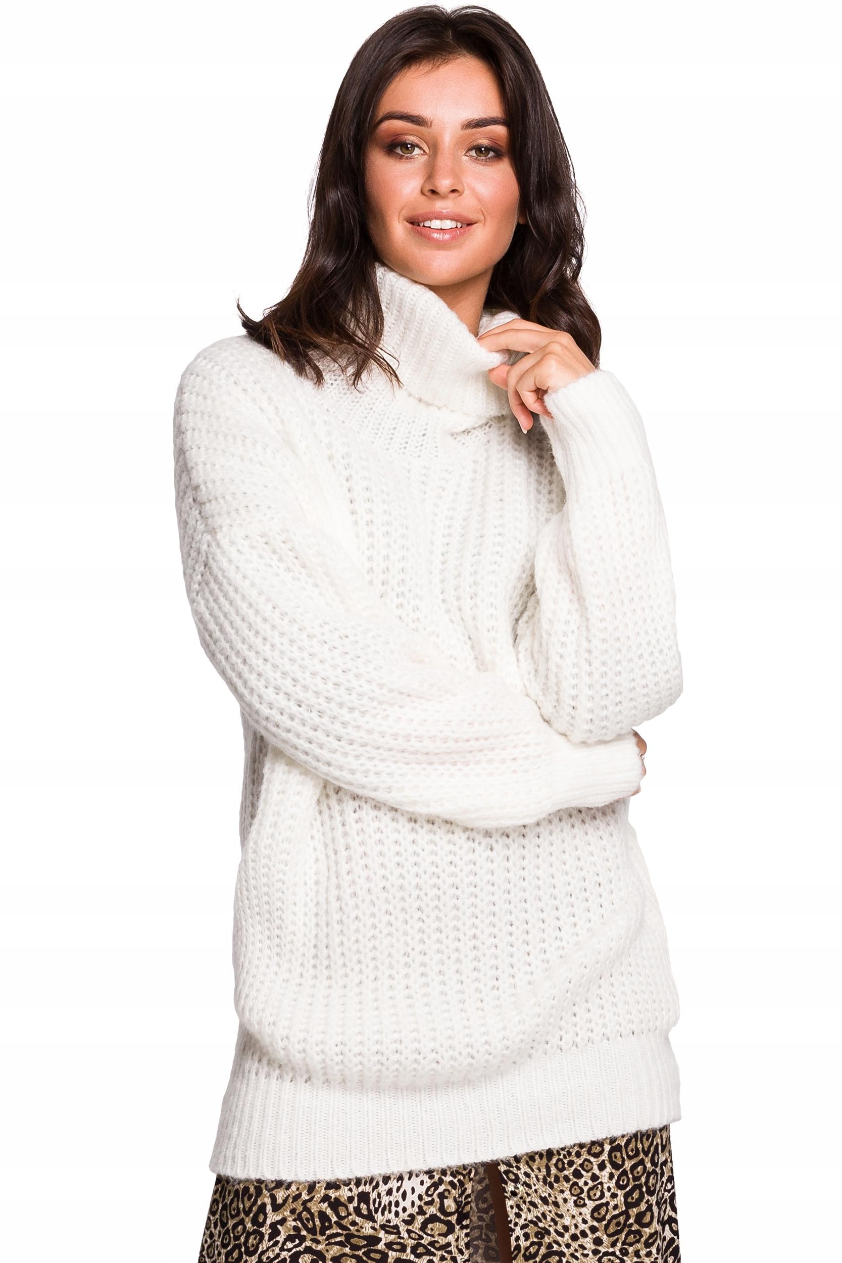 BK030 Długi sweter z golfem - biały L/XL