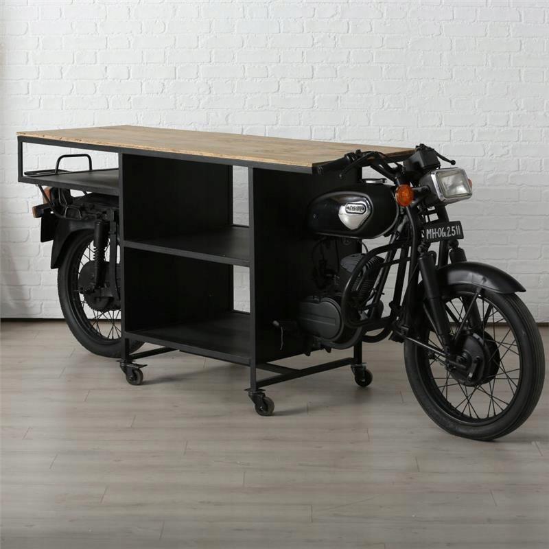 Herné konzoly-konferenčný stolík v obývacej izbe, chodbe dreva a kovu