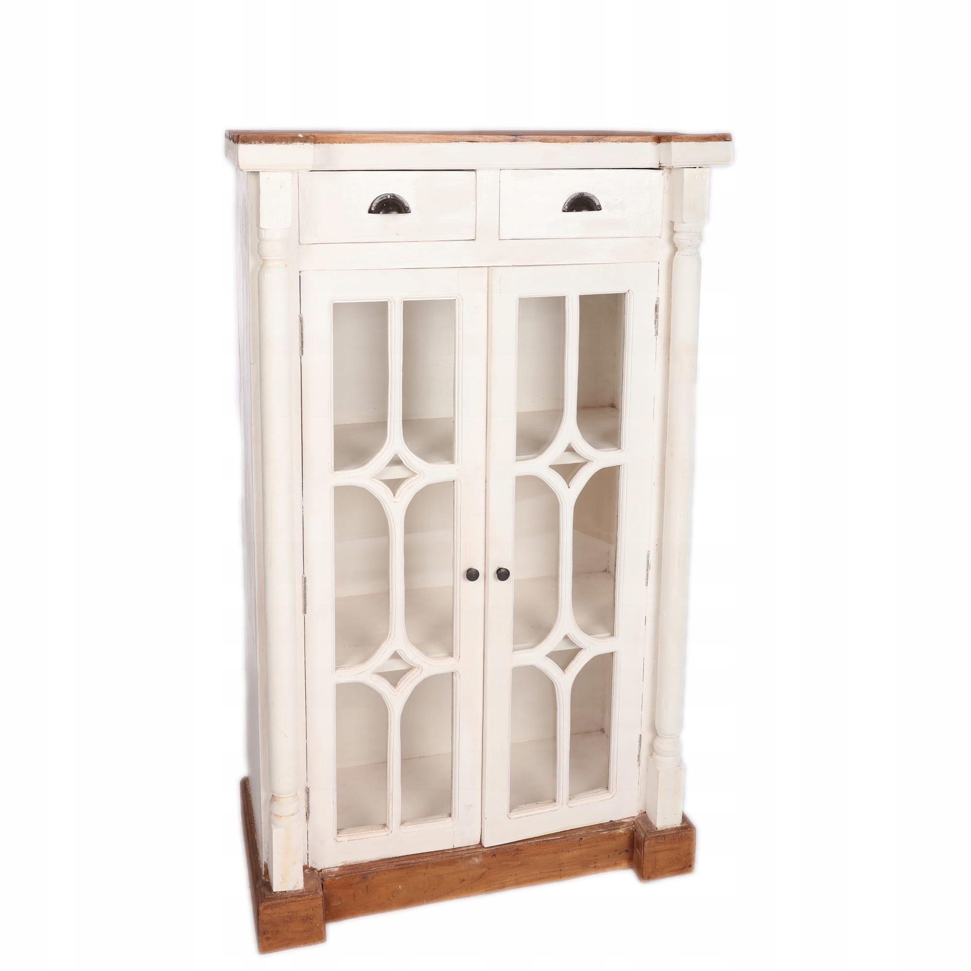 Деревянная витрина с ящиками в деревенском стиле