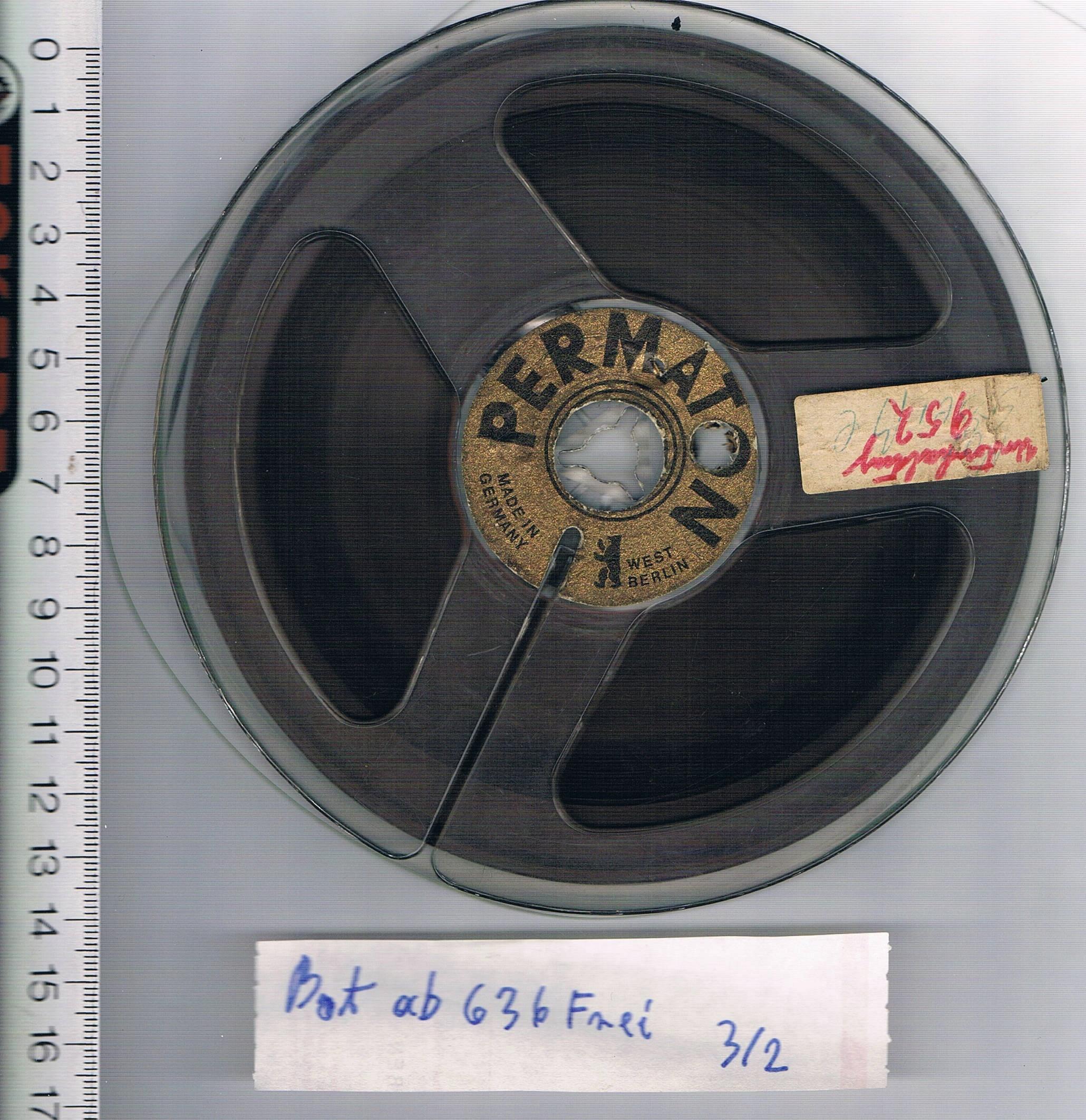 TAŚMA MAGNETOFONOWA FIRMOWA - NAGRANA śr15cm +ETUI