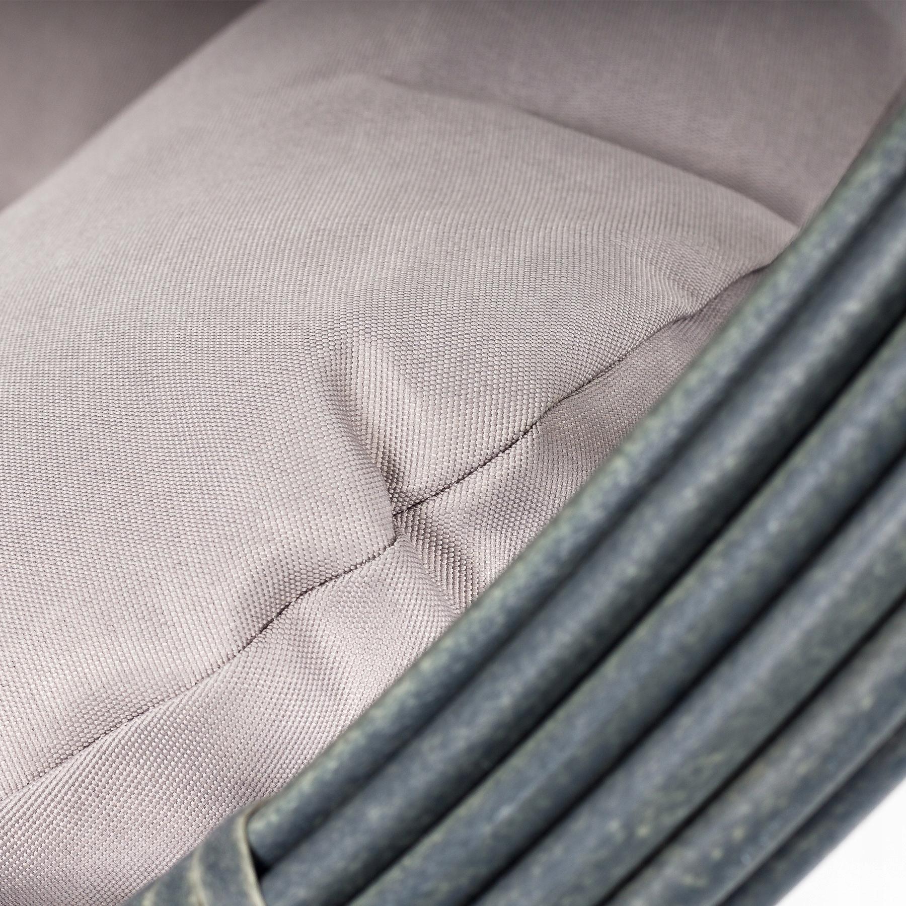 Závesná záhradná stolička s hojdacím kokonom Hmotnosť produktu s jednotkovým balením 26 kg
