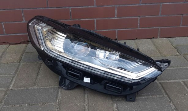 ford mondeo mk5 dynamic full led lift лампа права