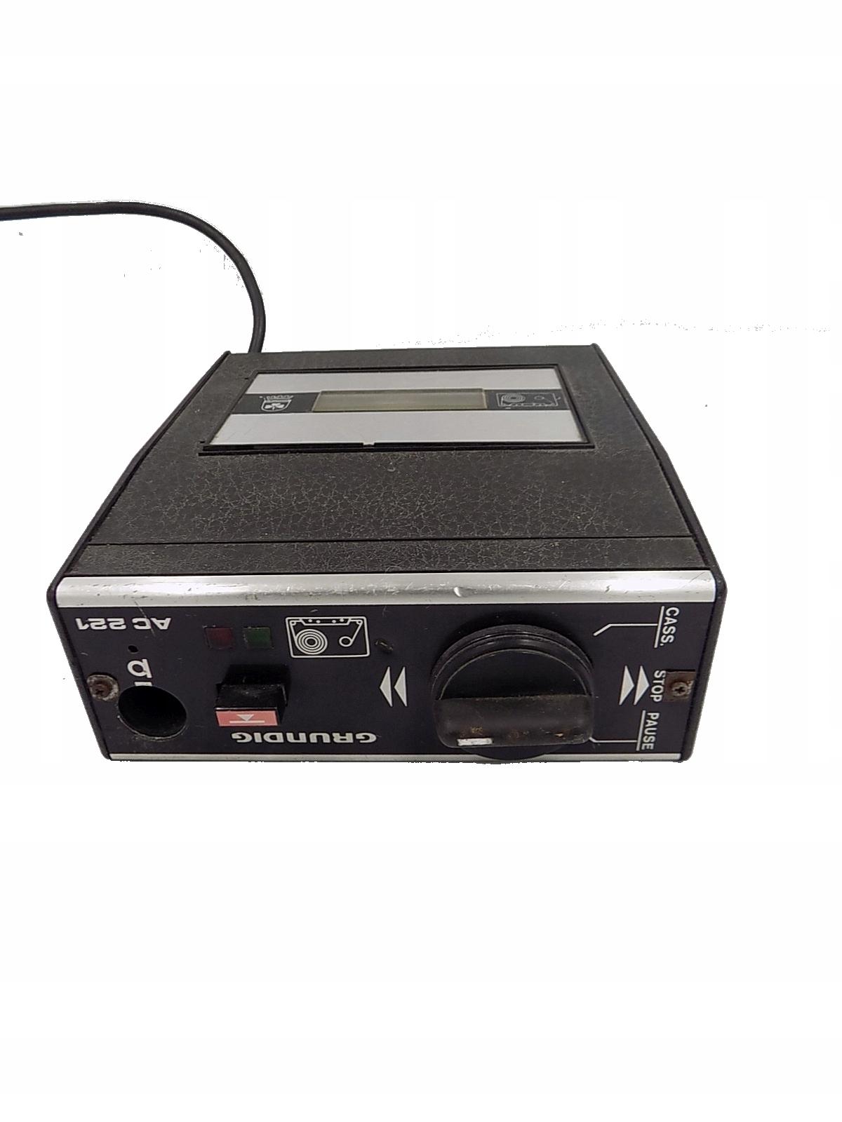 Magnetofon Odtwarzacz kasetowy GRUNDIG AC221