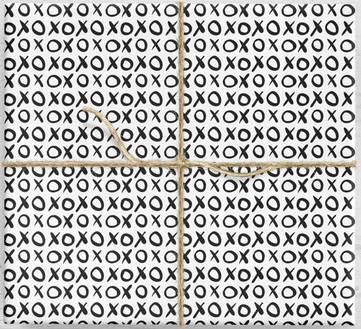 Darčekový baliaci papier. XOXO 10 listov