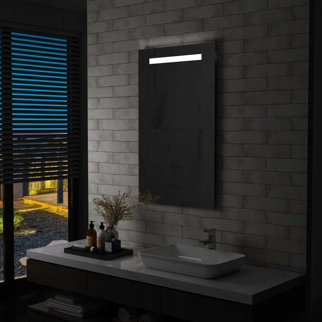 Nástenné kúpeľňové zrkadlo s LED 60x