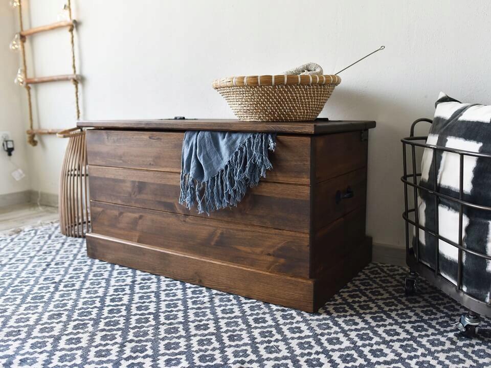 Rustikálna borovica drevená RETRO truhlica