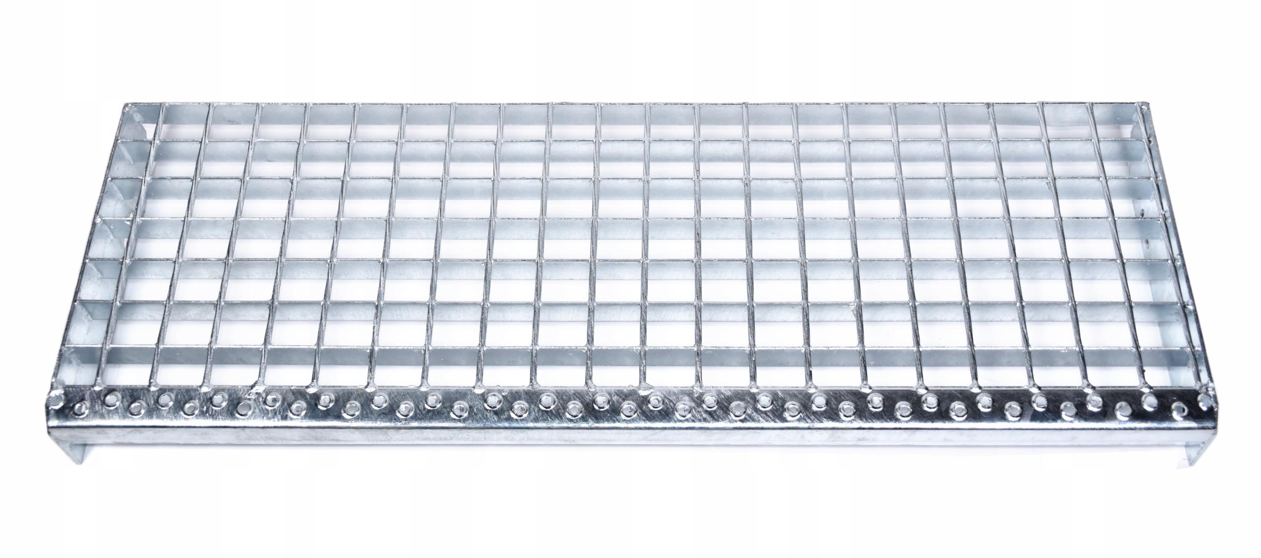 Металлические ступени, решетка 1200х270, внешняя лестница