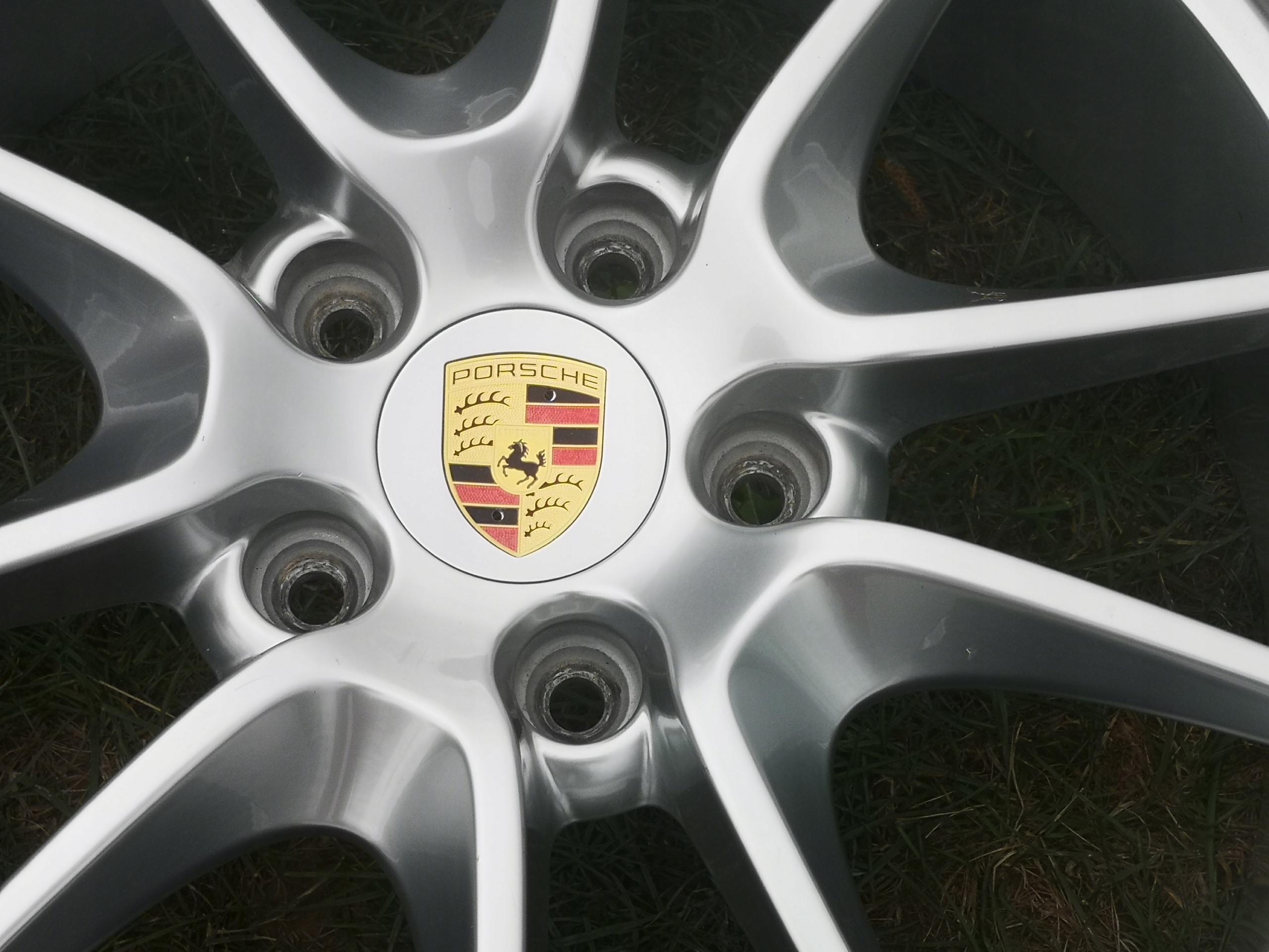 Изображение PORSCHE CARRERA 911 991 TURBO 4 20' КАК НОВ.