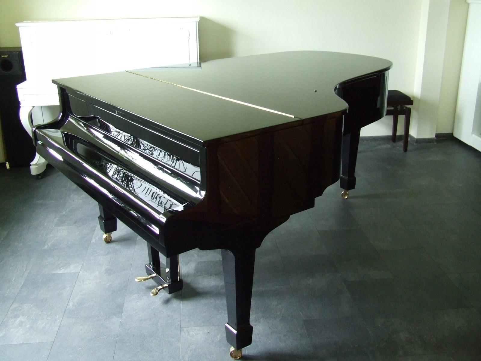 Ibach klavír 208 cm od roku 1972, čierna ako nová