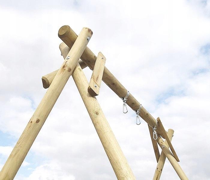 Drevená hojdačka Klara s dvoma sedadlami. Hmotnosť produktu s individuálnym balením 90 kg