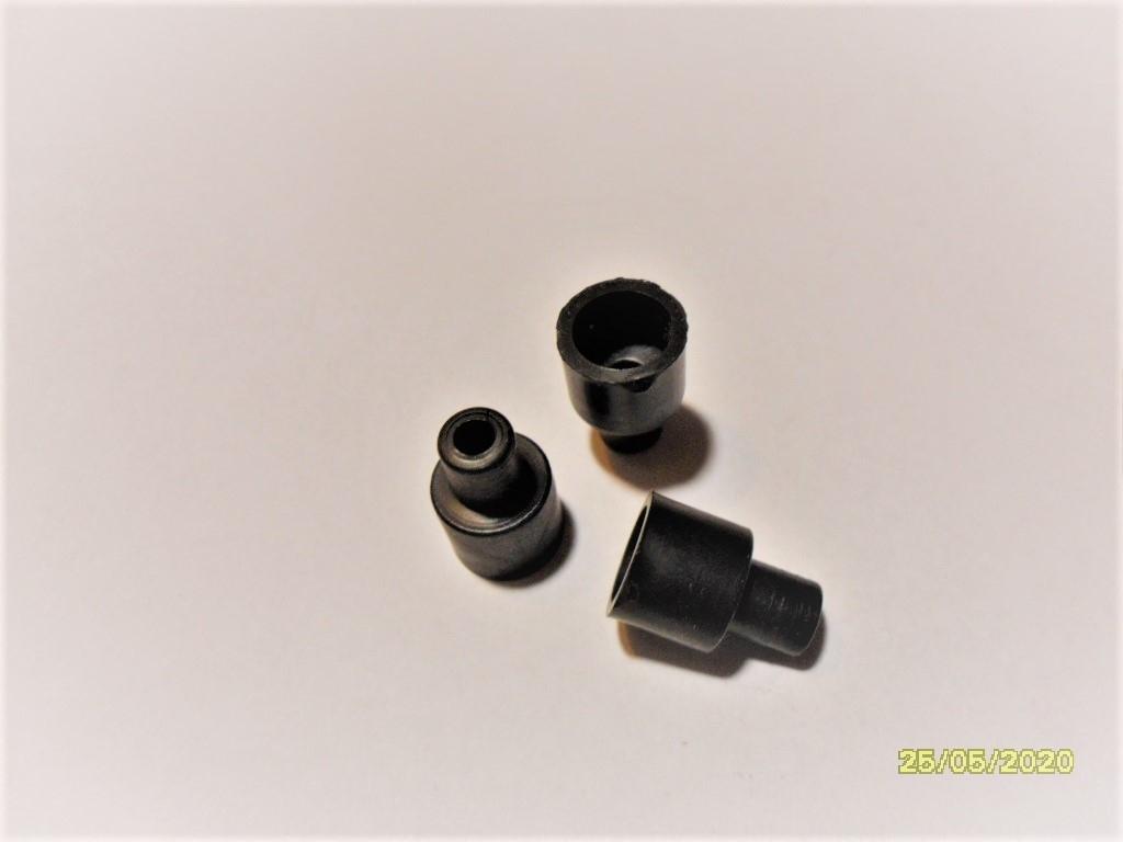 Втулка пластмассовая шир.10/5,7 мм, высота 14мм -10шт