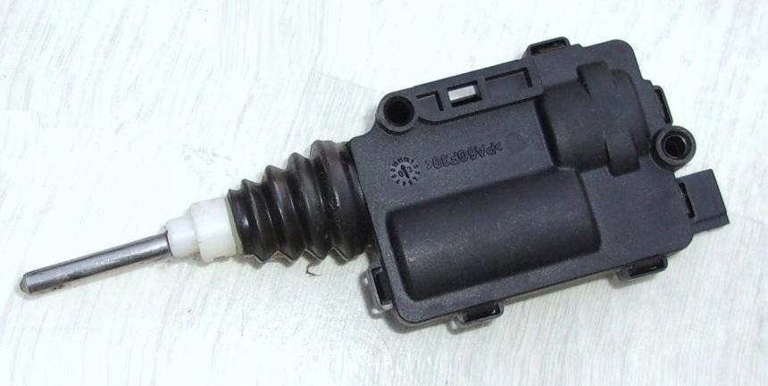 цилиндр босоножки топлива двигатель opel zafira ii b