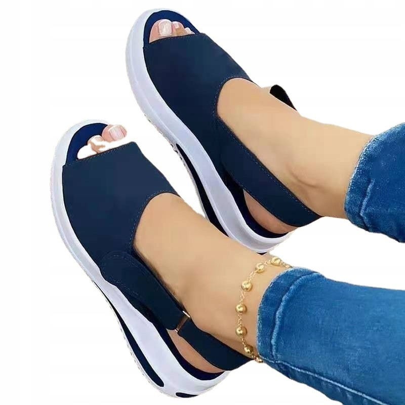 Элегантные сандалии на толстой подошве ROZ 35-43