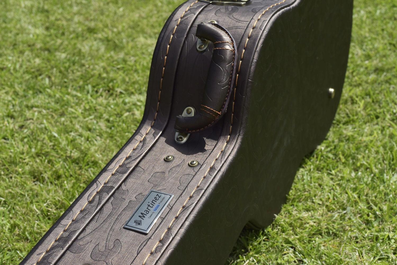 Купить Martinez MC-128C SEN 7/8 (Cedar) гитара в футляре на Otpravka - цены и фото - доставка из Польши и стран Европы в Украину.