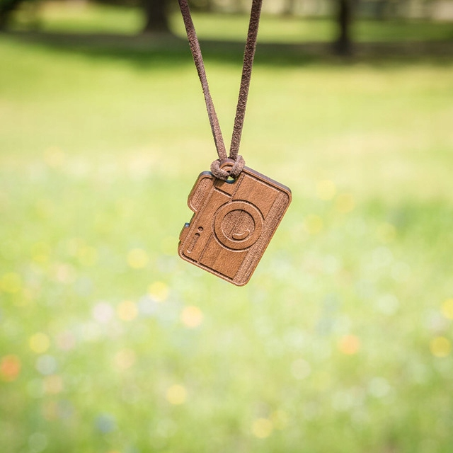 Retiazkový náhrdelník drevený remienok retro VYBAVENIE