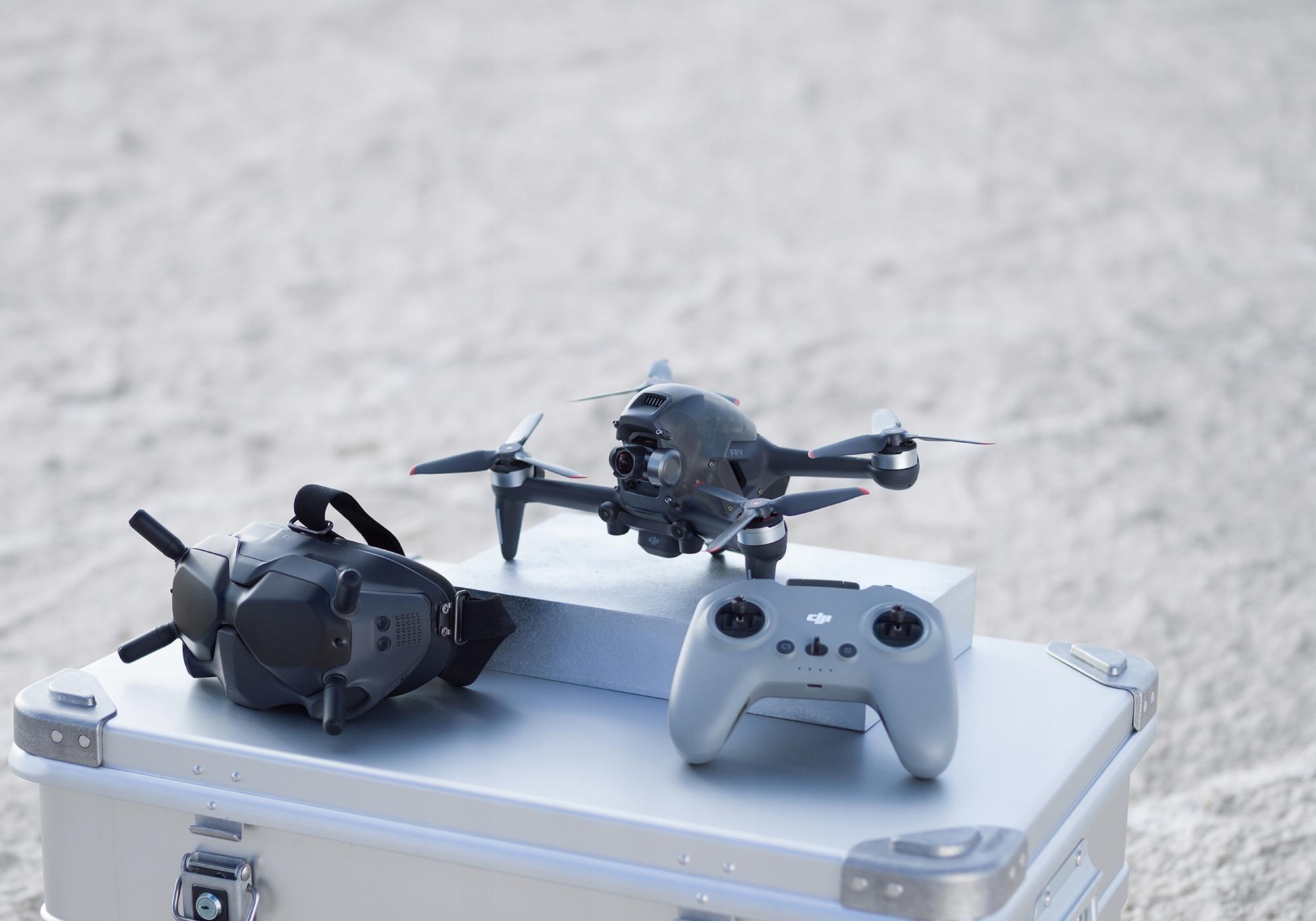 Dron DJI FPV + Fly More Kit (Combo) 3 Baterie Hub EAN 6941565903860
