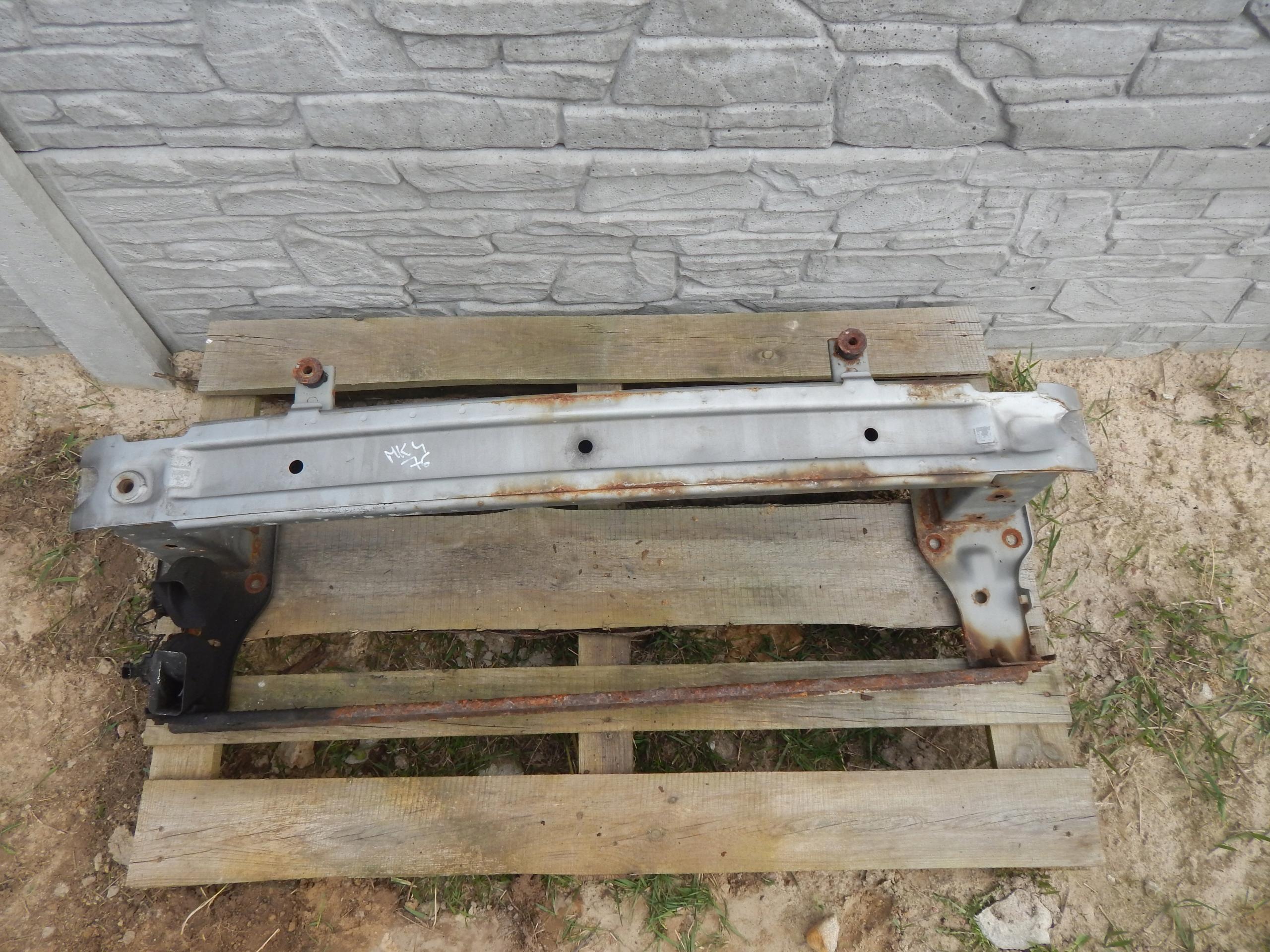 BALKIS PO BAMPERIS (BUFERIS) MONDEO MK4 S-MAX GALAXY MK3 76