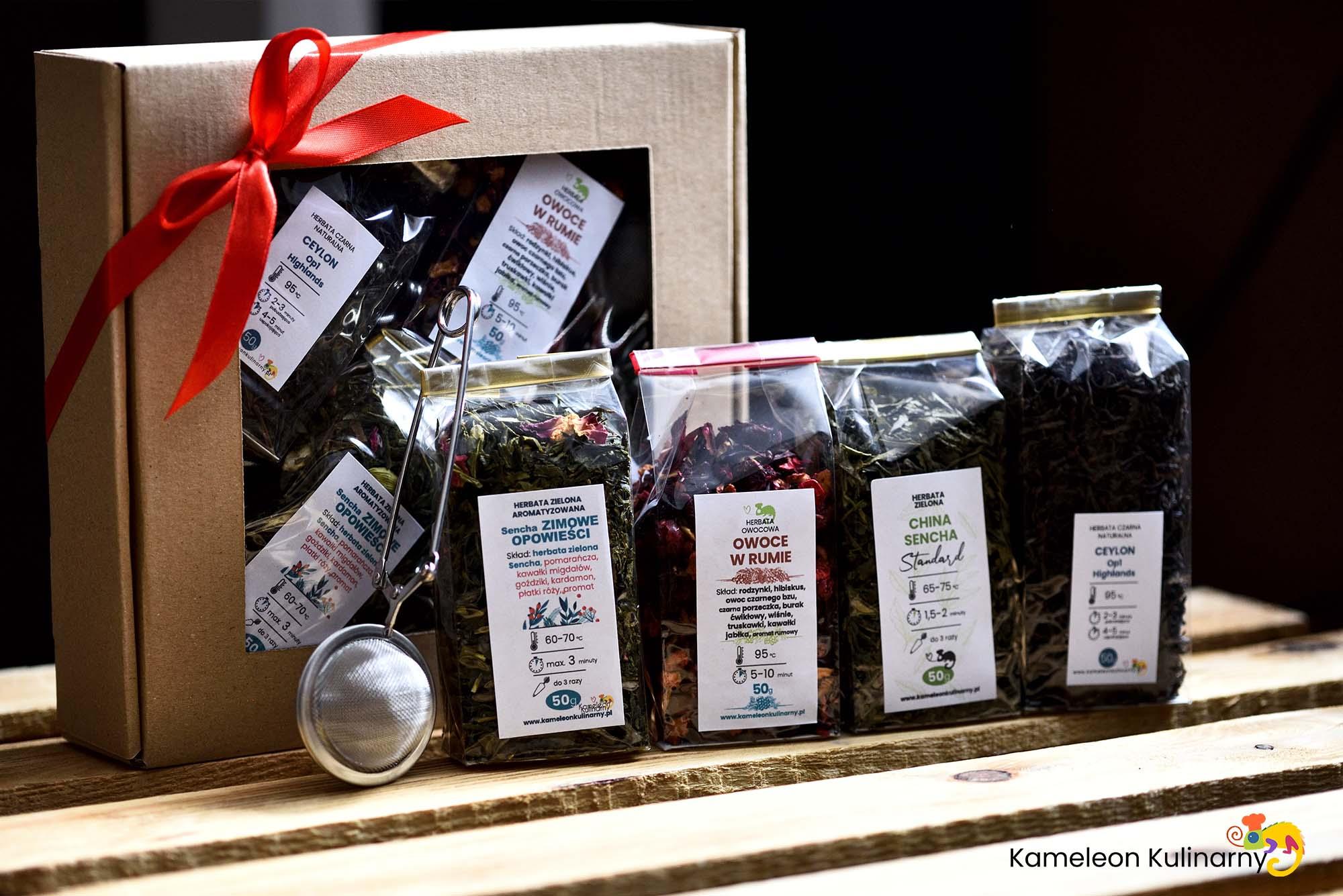ZESTAW PREZENTOWY na prezent 4 herbaty i zaparzacz Kod producenta ZESTAW PREZENTOWY na DZIEŃ BABCI i DZIEŃ DZIADKA