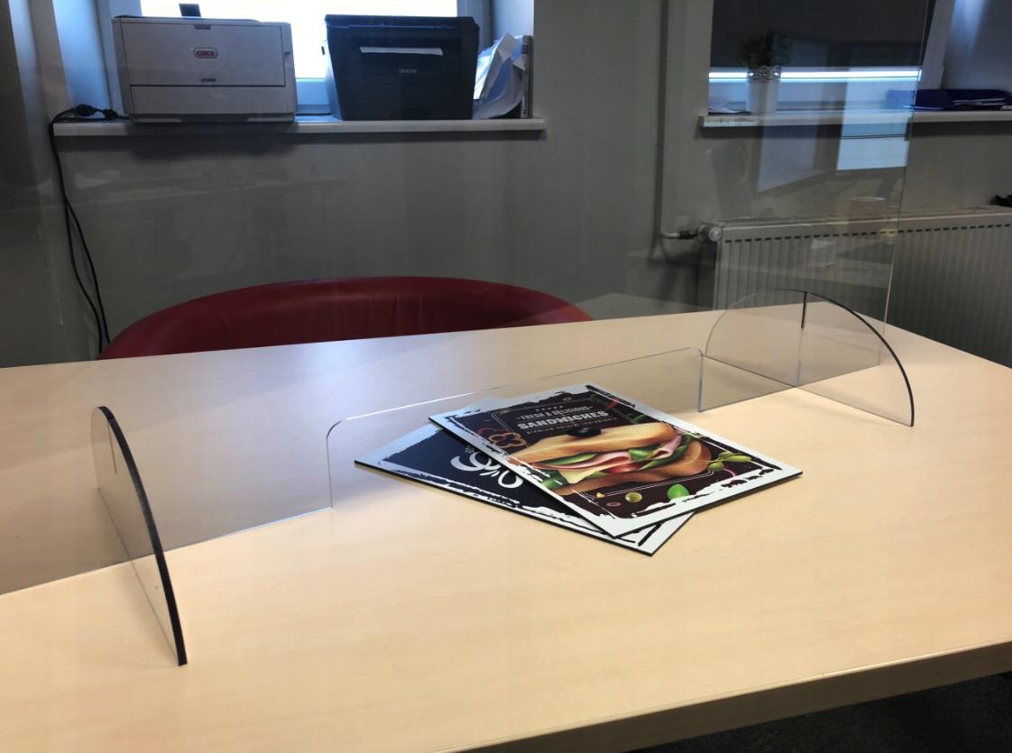 Poťah z plexiskla, ochranné sklo, písací stôl 100x75 + ZDARMA Dĺžka nožičiek je 26 cm