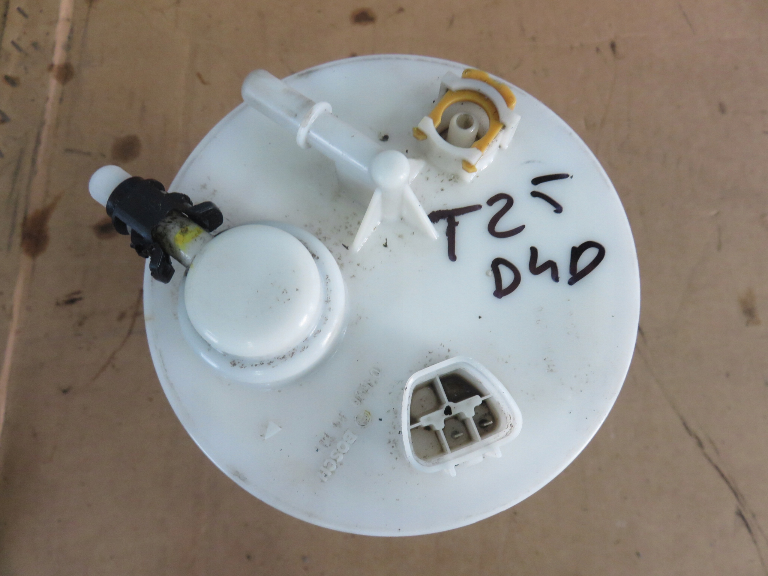 avensis t25 индикатор поплавок топлива 03-06 20 d4d