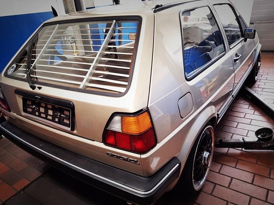 Zadná roleta Retro Style VW Golf 2 Mk2