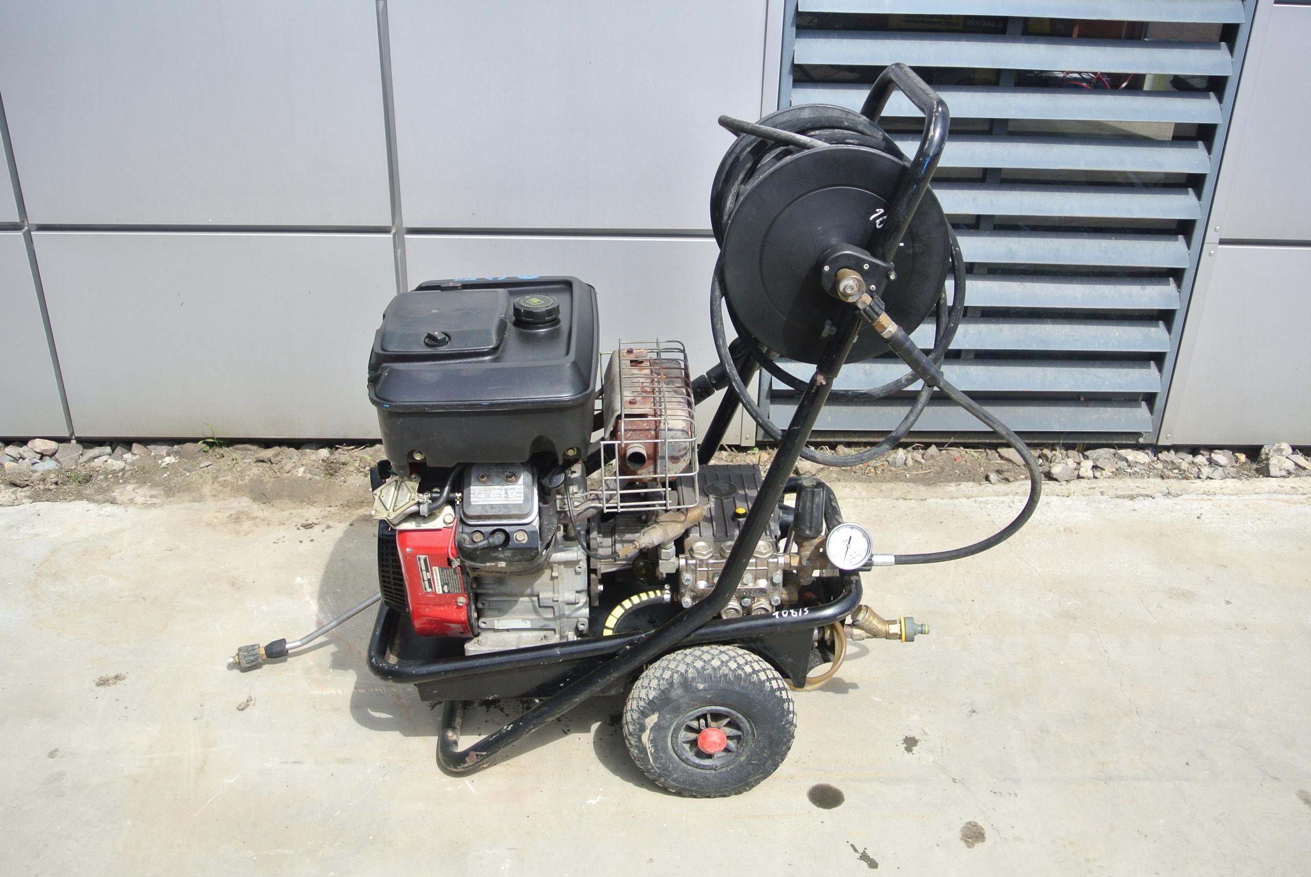 Омыватель высокого давления бензиновый EHRLE KDB 1538 300BAR