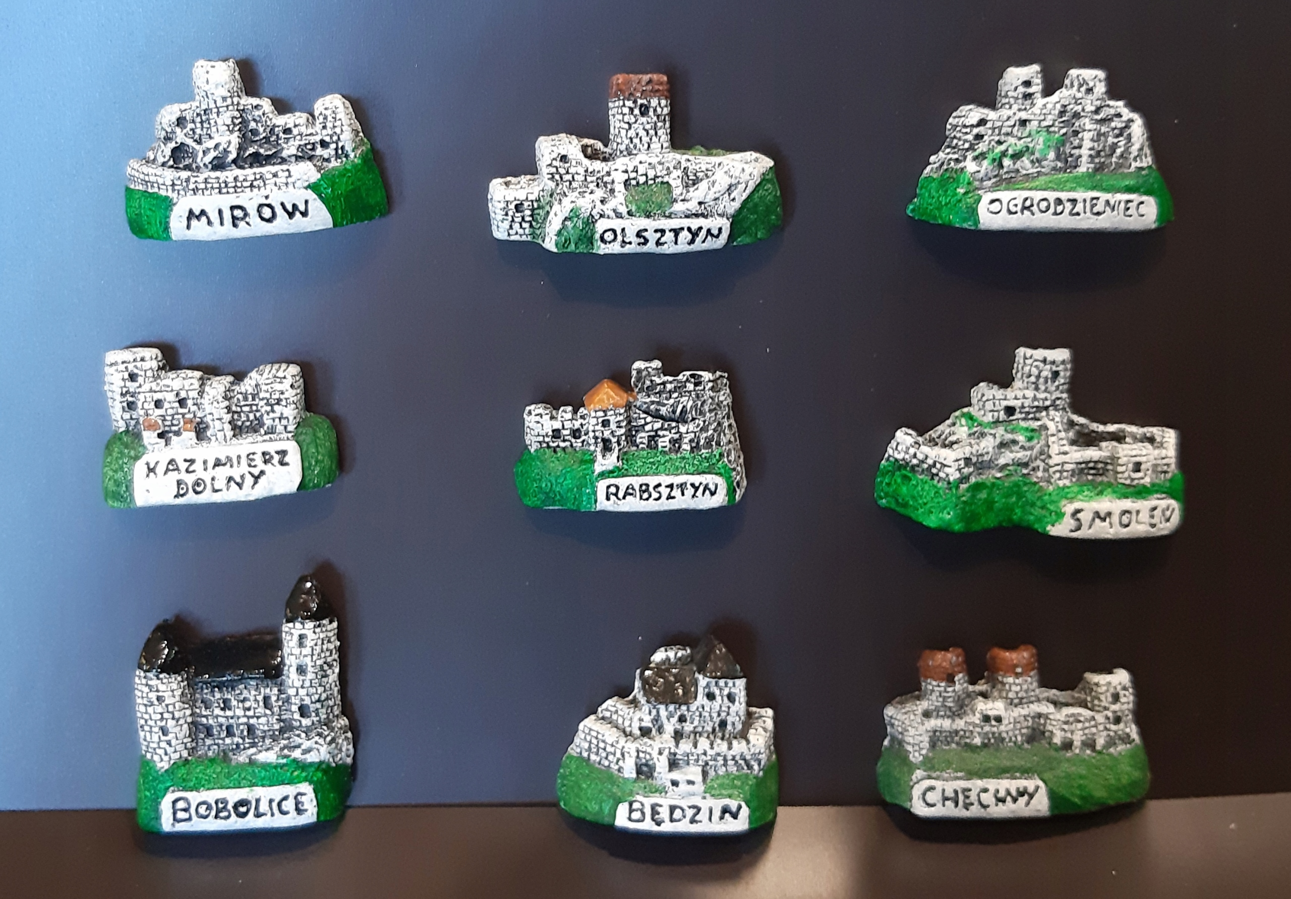 Magnes na lodówkę - ZESTAW ZAMEK MINI 9 SZT.