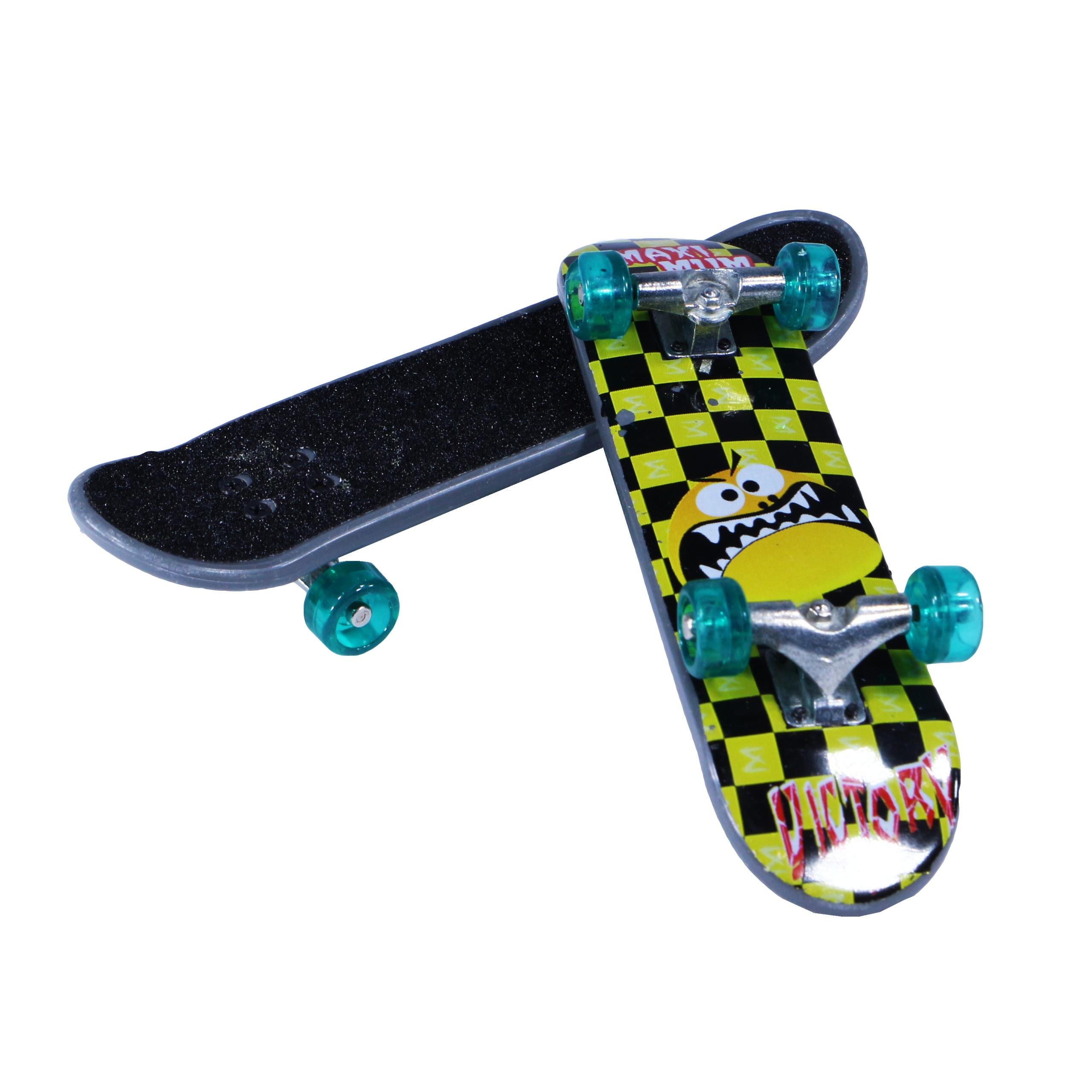 Zestaw Mini Fingerboard Deskorolka 3szt + Kartonik Kod producenta 111269