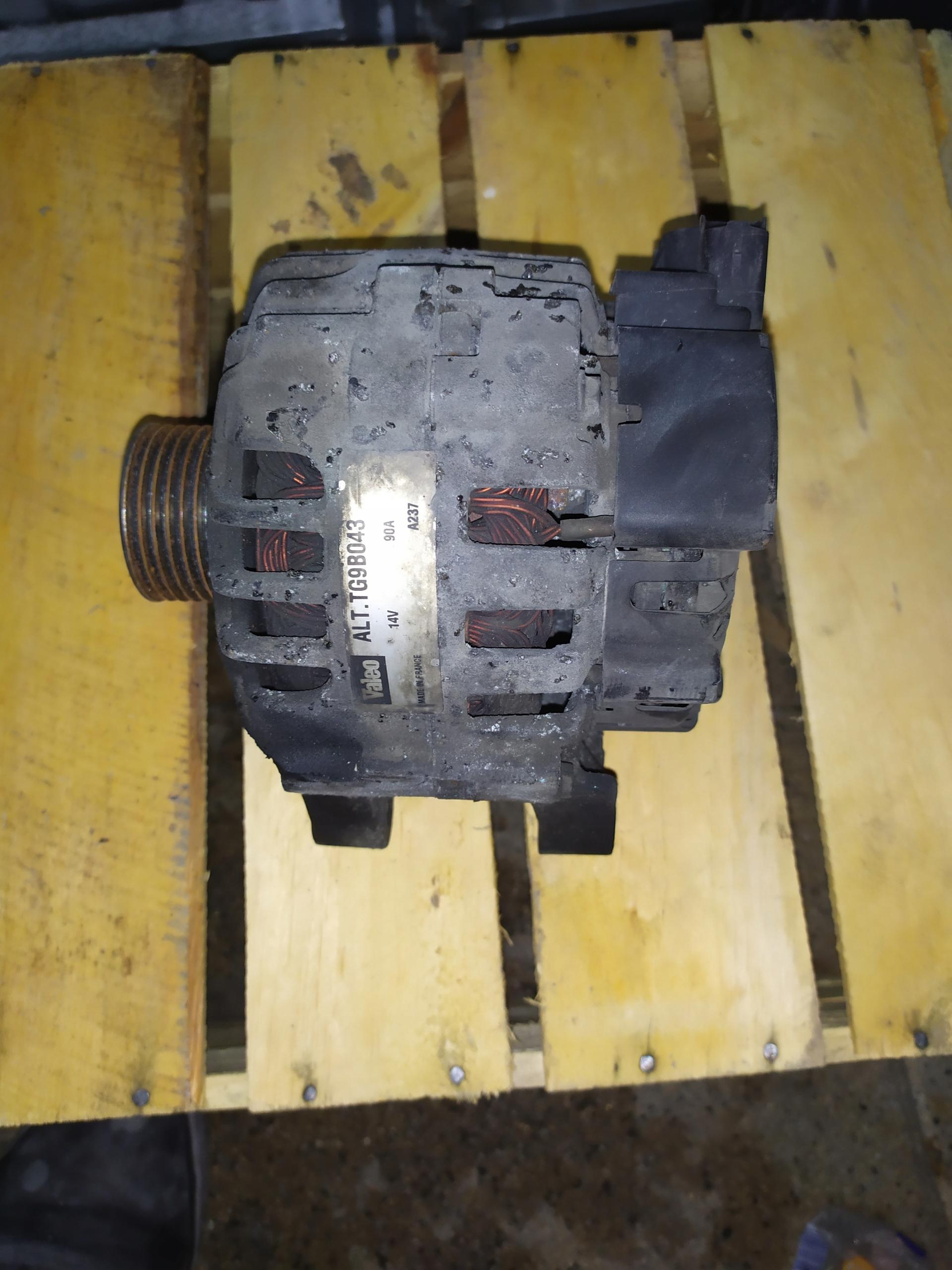генератор peugeot 207 14 96569562 80 cl8+