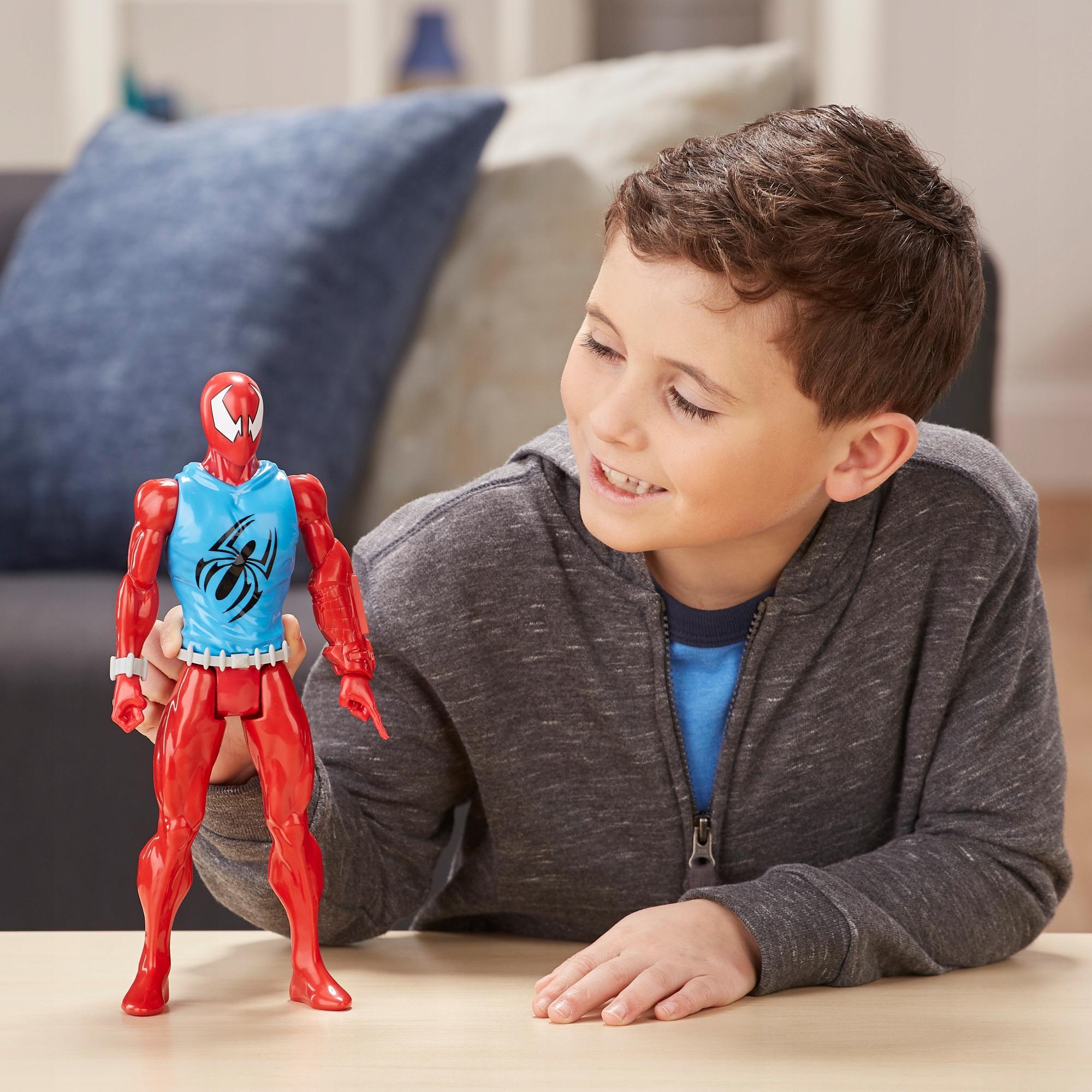 HASBRO SCARLET SPIDER SPIDERMAN RUCH. FIGURKA 30cm Typ figurka