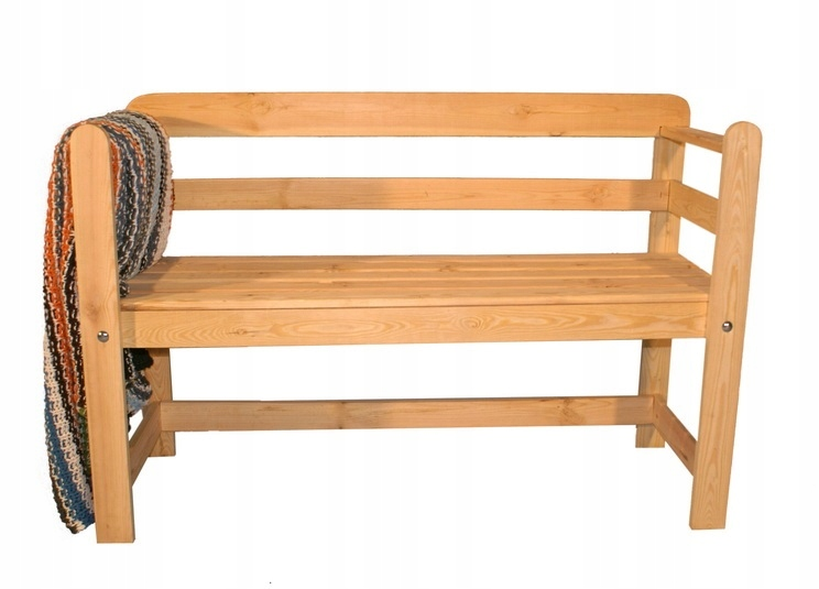 Массивная деревянная двухместная садовая скамейка