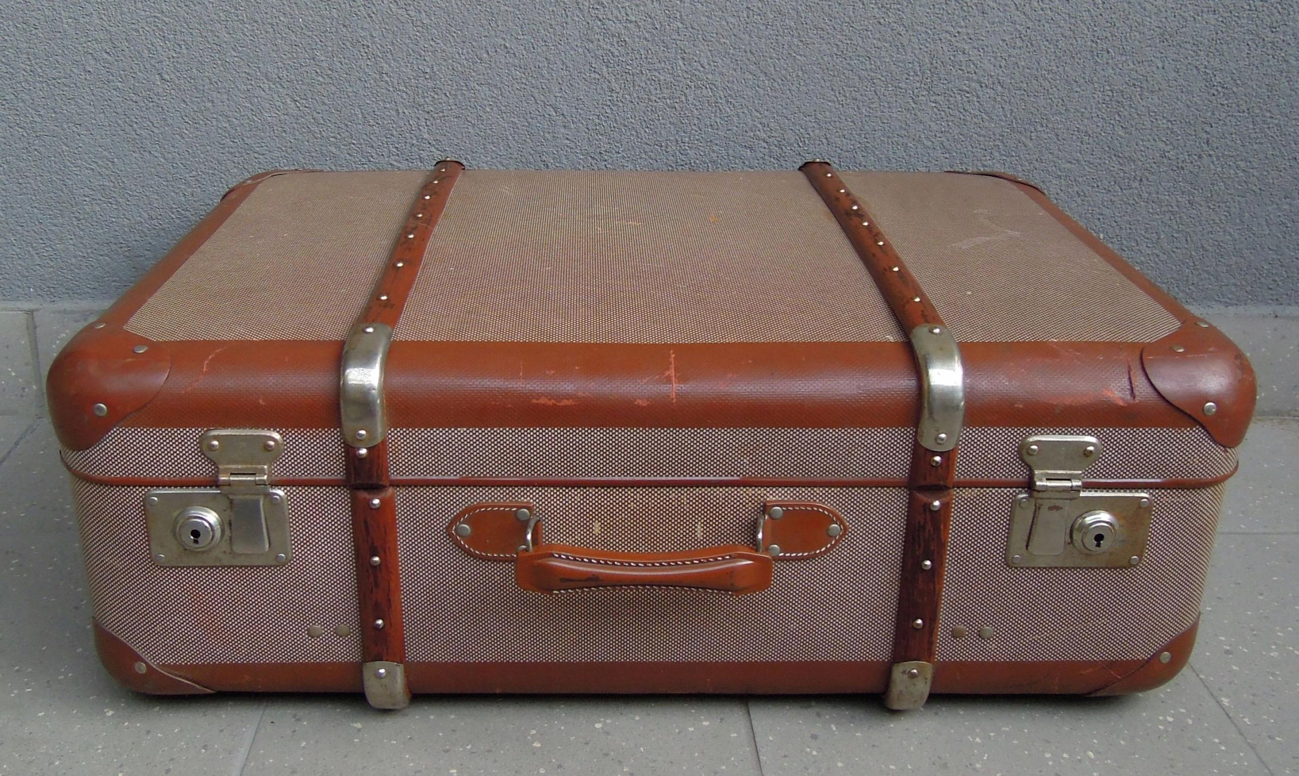 Stara Walizka Kufer Podróżny Retro Vintage