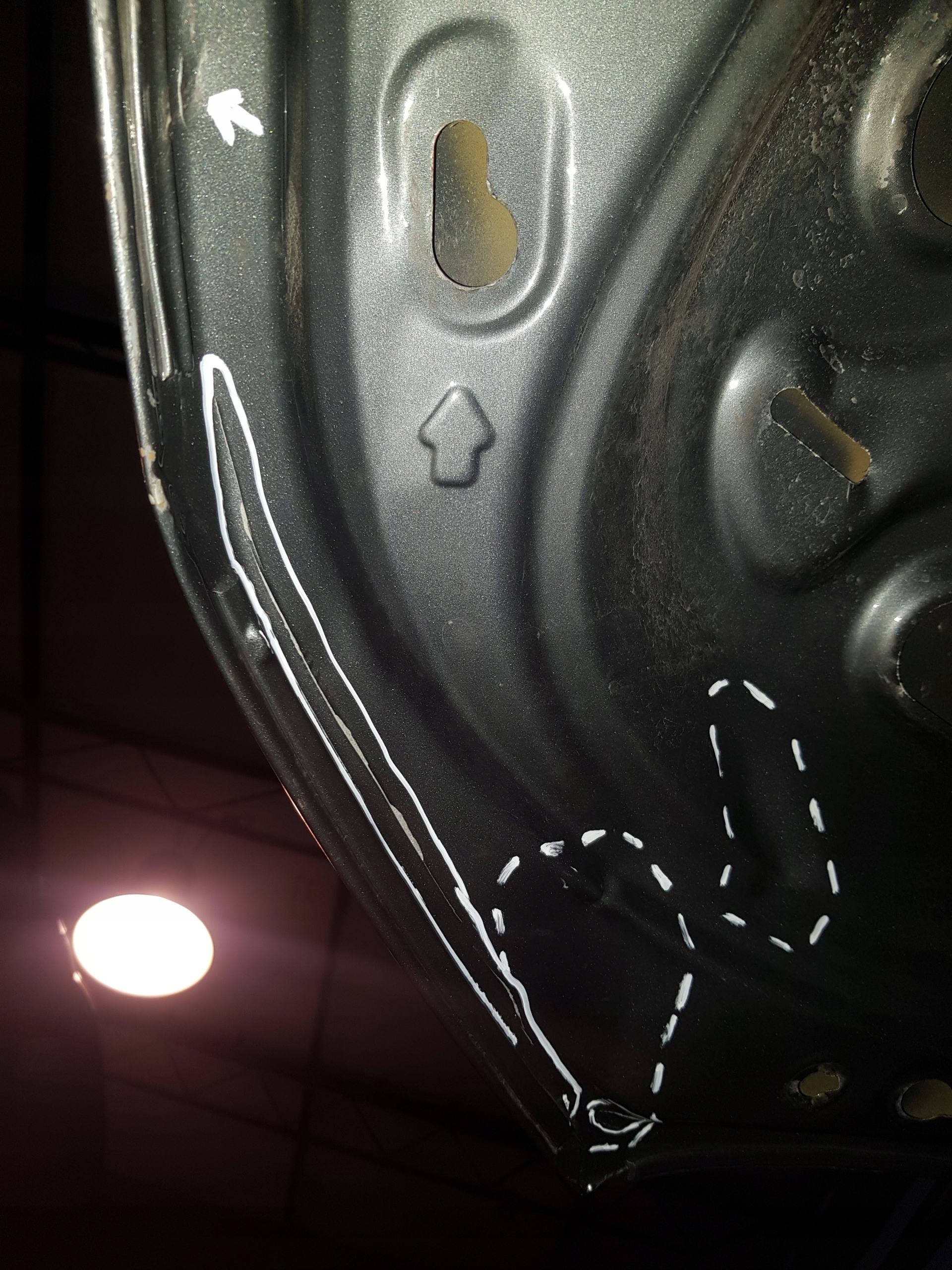 volkswagen amarok капот кришка двигуна 10-18r, фото