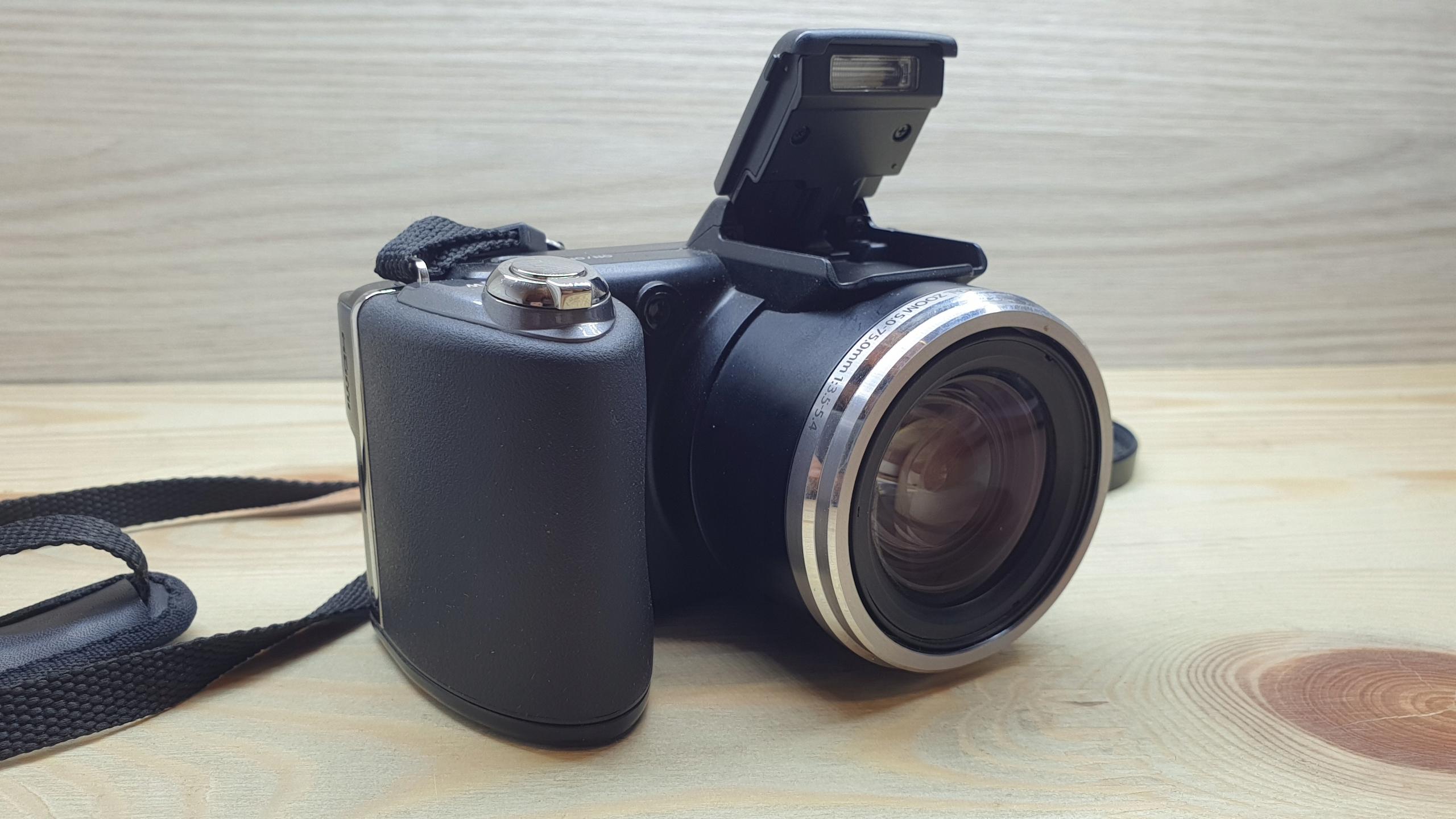 Купить Камера Olympus SP-6000 на Otpravka - цены и фото - доставка из Польши и стран Европы в Украину.