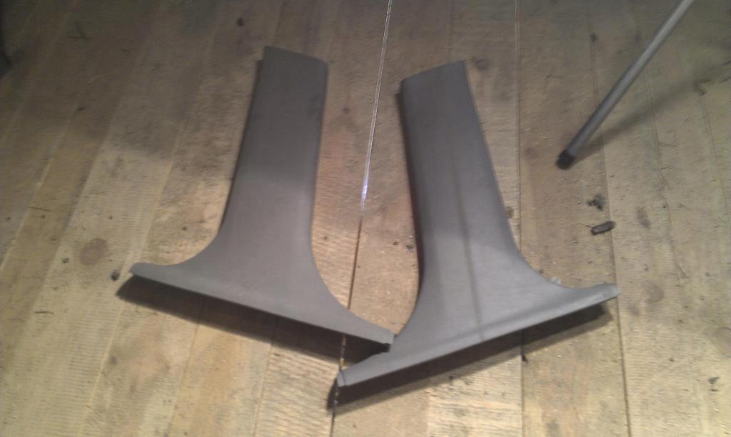 bmw 3 e46 - крышка стойки права слева