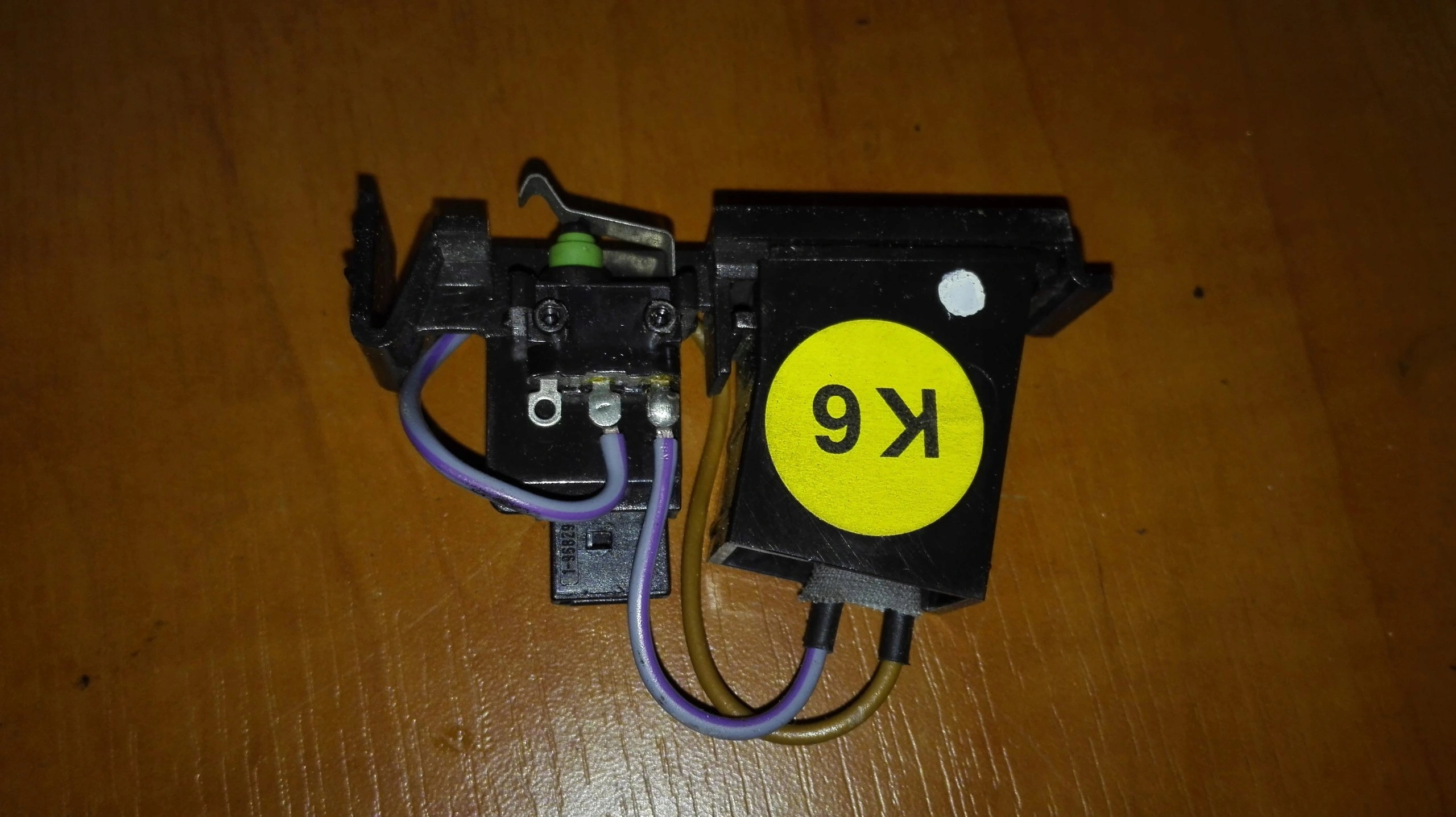 кнопка перемикач мікровимикач w220 2208203301, фото