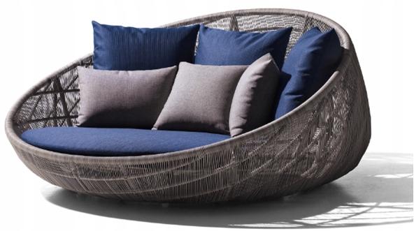 Садовый диван из ротанга