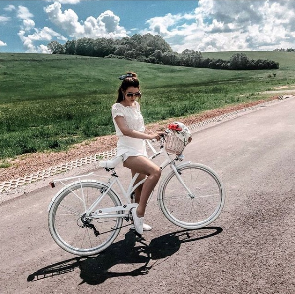 krásny dámsky plážový krížnik 28 mestský bicykel G Materiál rámu hliník