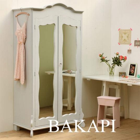 drevená skriňa so zrkadlom biele retro (stierané)