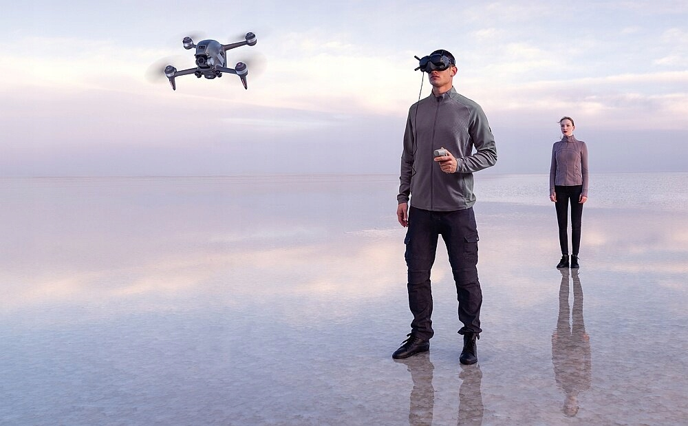 Dron DJI FPV Combo + Fly More Kit + DJI Motion Pojemność baterii 2000 mAh