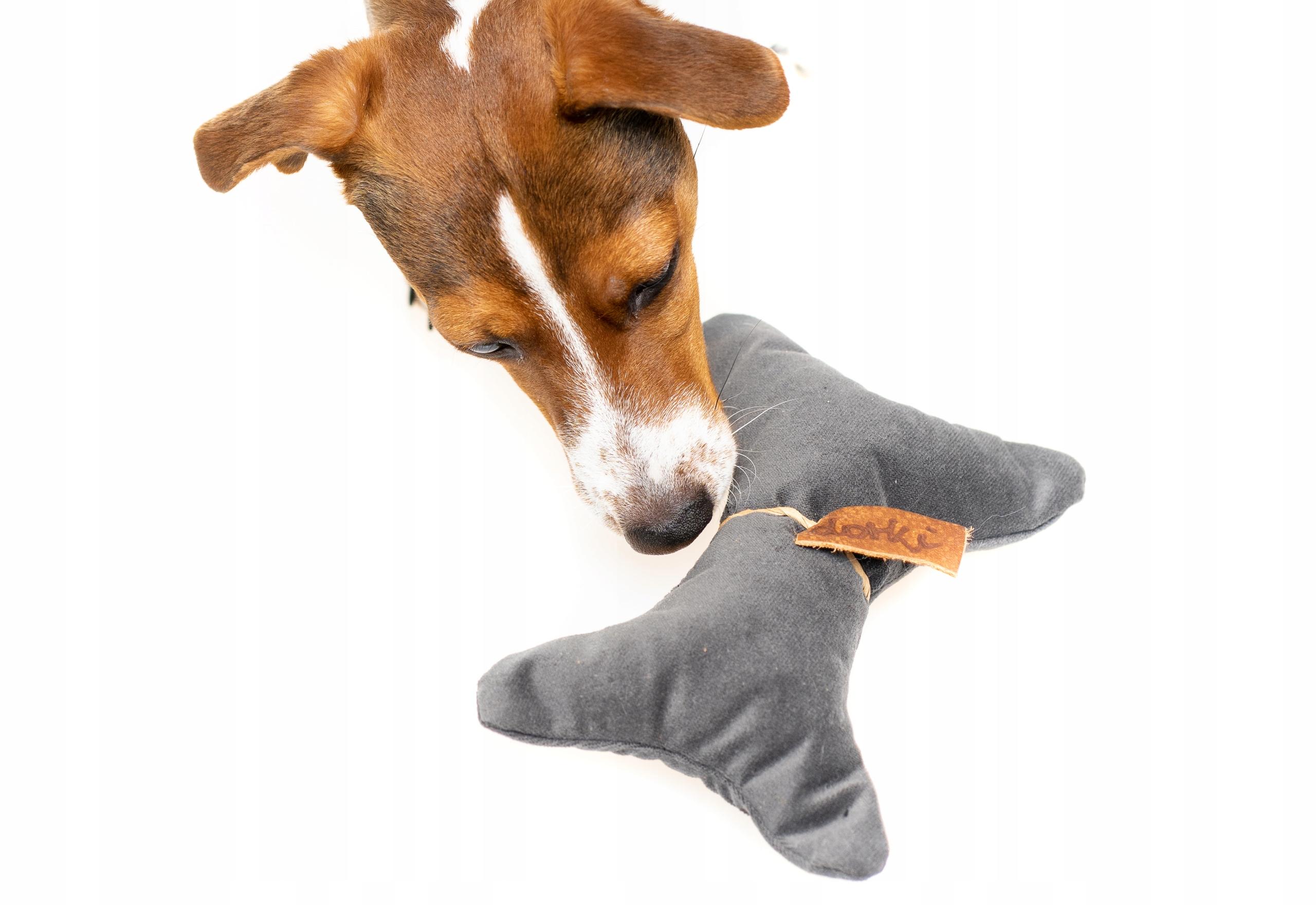 Прочная игрушка для маленькой собачки с трубкой