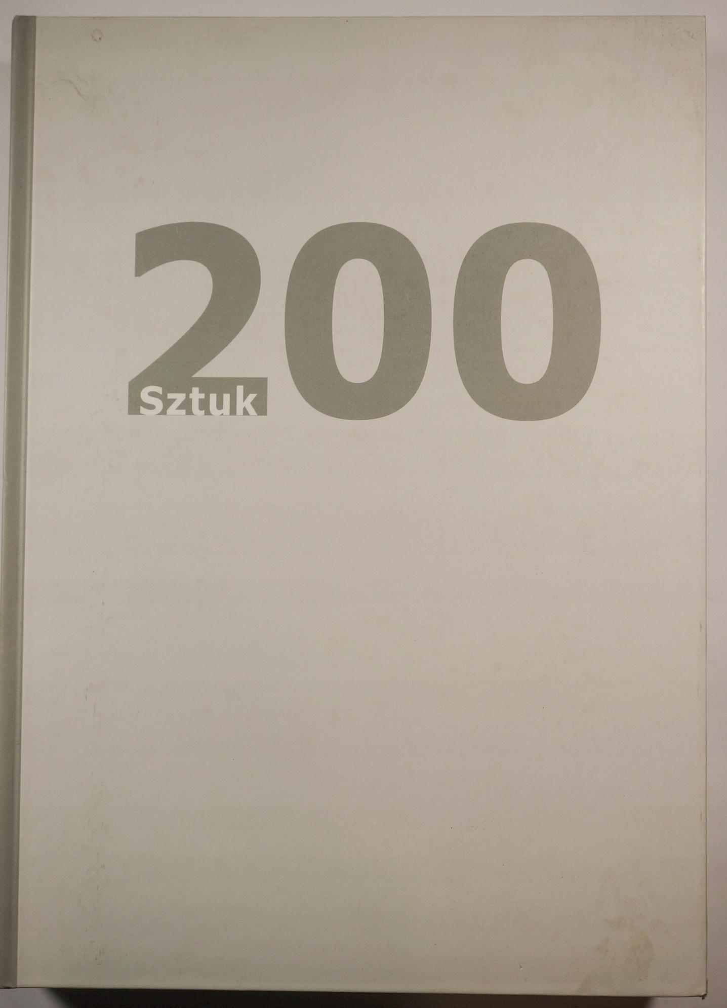 200 sztuk Katalog wystawy stałej sztuk użytkowych