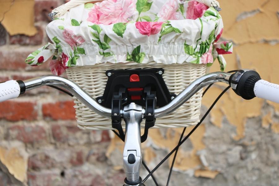 krásny dámsky plážový krížnik 28 mestský bicykel G Brand German