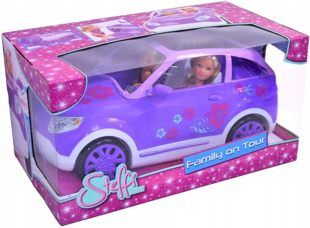 Steffi a Evi na rodinnom výlete v SUV