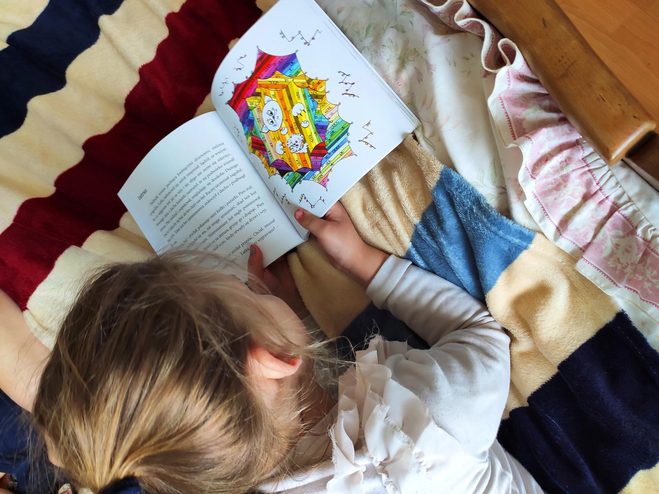 Książka dla dzieci ŁATKA I GAŁGANEK B.Woda Autor Barbara Woda