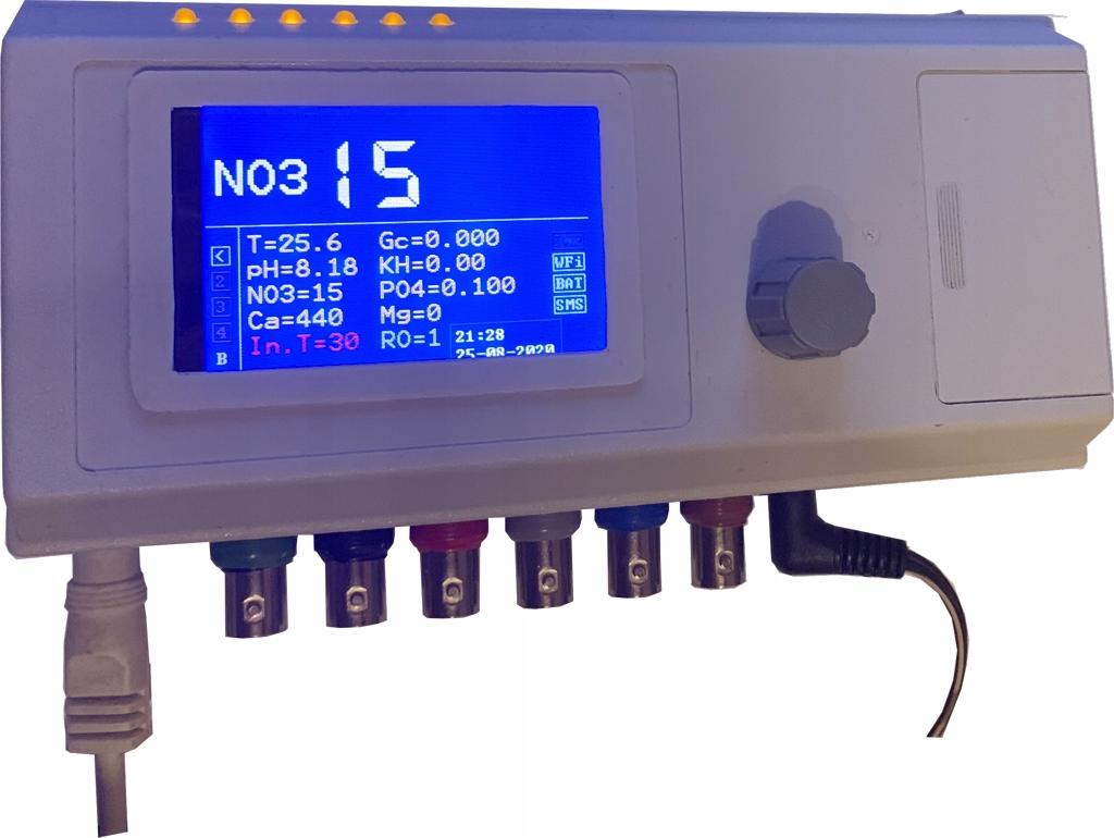Компьютер Diunax2 измеряет NO3, PO4, Ca, Mg, KH, pH
